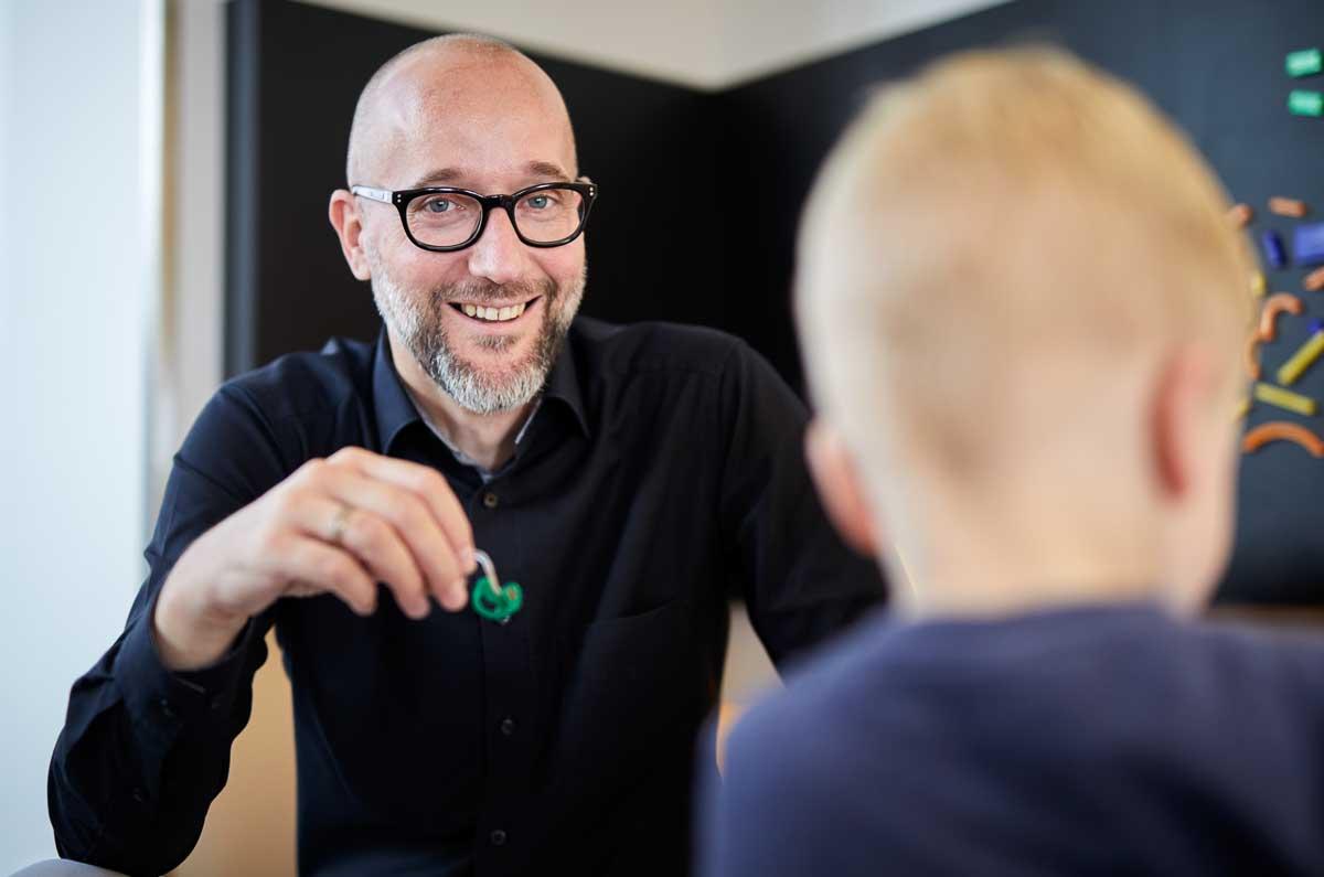 Portrait Wolfram Schad Hörakustikermeister bei Schöner Hören Mosbach